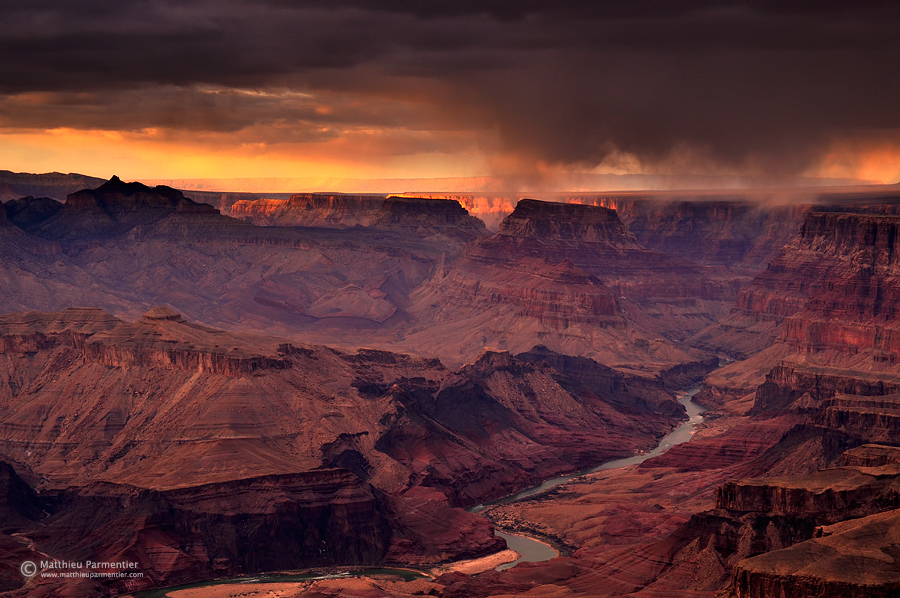 A storm at sunset - Grand Canyon - USA