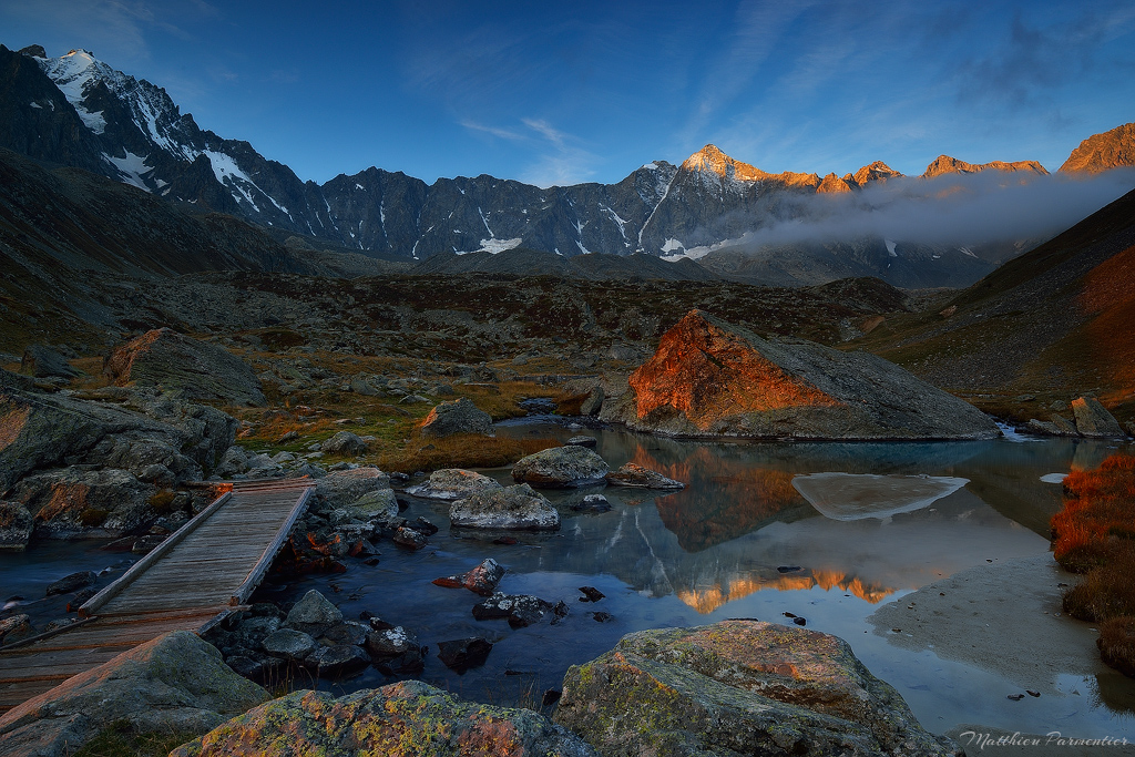 France-Alps-Ecrins-Reou-Arsine-Autumn-light