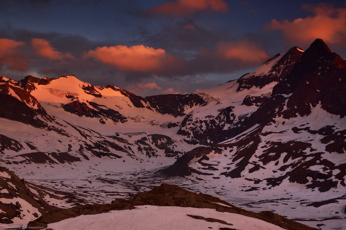 Red before dark | Refuge des Evettes - Vanoise - French Alps | 2017